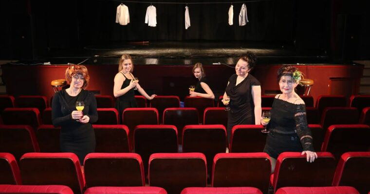 Teatr w Drodze AGRADA / Bóbrka